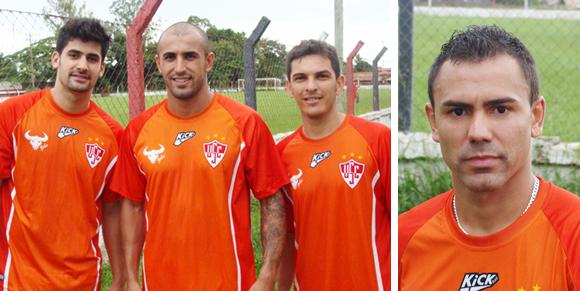 Bruno Moreno, Fernando Sá, Rondinelli e Diego já participaram do treinamento nesta segunda-feira (Por José Rodrigues)